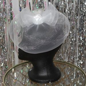 Accessories - White Hat with Bow (New)